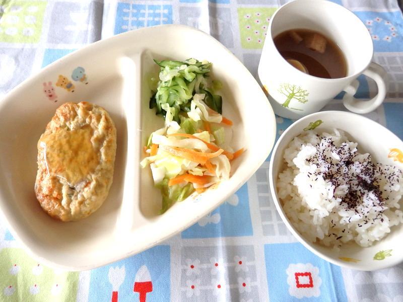 ゆかりごはん 山芋入り豆腐ハンバーグ