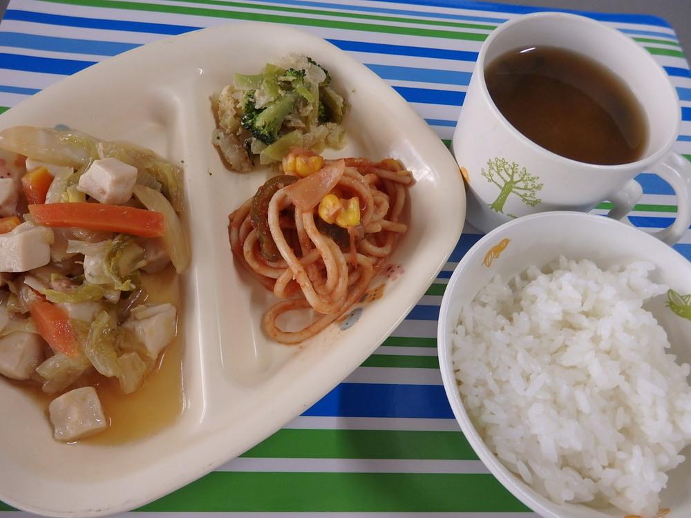 ごはん ツナの豆腐の和風煮